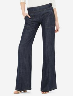 Modern wide leg jeans to wear to work (on a dress down day) or casually Outfit Jeans, Jeans Outfit For Work, Jean Outfits, Chic Outfits, Fashion Outfits, Tall Girl Fashion, Denim Fashion, Rockabilly, Dress Down Day