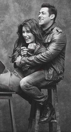 Happiness Smiles Bhai.. Salman khan.. Bollywood Stars, Bollywood Couples, Bollywood Cinema, Indian Celebrities, Bollywood Celebrities, Salman Khan Wallpapers, Sajid Khan, People Laughing, Friends Laughing
