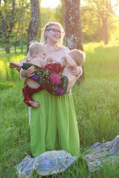 Little Moon Birth Photography tandem nursing, full term nursing, breastfeeding