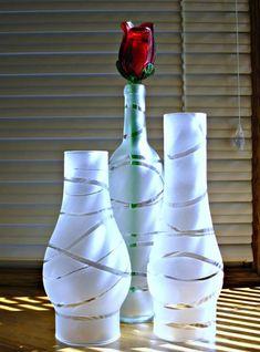 1 million+ Stunning Free Images to Use Anywhere Bottle Painting, Bottle Art, Wine Bottle Crafts, Diy Home Crafts, Vases Decor, Glass Art, Free Images, Decoupage, Small Glass Bottles