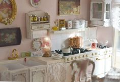 This is a very beautiful mini kitchen. Click to see every photos.