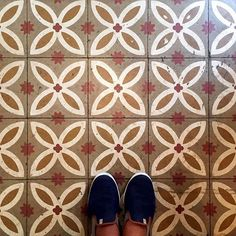 Wish you all a sweet weekend with these #tiles from Zuckerhaus in Sant Antoni #Barcelona! #TileAddiction