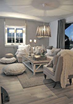 Mijn vergaarbak van leuke ideeën die ik wil toepassen in mijn huis. - grijstinten interieur woonkamer, sfeervol en gezellig