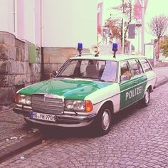 German -  Mercedes-Benz Polizei 1970's