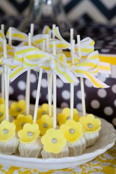 Kara's Party Ideas You are my Sunshine Summer Gender Neutral Baby Shower Planning Ideas Baby Shower Songs, Baby Shower Favors, Baby Shower Cakes, Baby Shower Themes, Shower Ideas, Shower Baby, Cake Pops, Sunshine Baby Showers, Summer Cakes