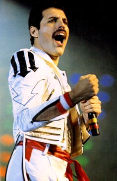 Hot Space Tour 1982