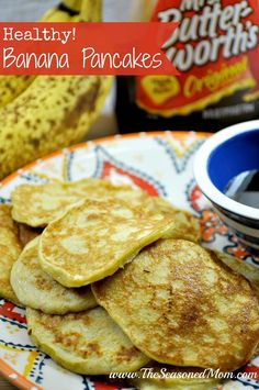 Just 4 ingredients, no flour, no sugar, no butter or oil! These Healthy Banana Pancakes are a favorite toddler breakfast and a nutritious option for adults! Baby Food Recipes, Snack Recipes, Cooking Recipes, Healthy Recipes, Toddler Finger Foods, Toddler Food, Toddler Meals, Banana Pancakes, Healthy Treats