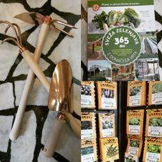 Vrtičkarji pozor! Prazniki so pred vrati in ne malokdo bo proste dni izkoristil za urejanje vrta. Za vas imamo na voljo aktualna slovenska semena in čebulčke, bakreno vrtno orodje #ostijarej ter novo izdajo #skupajzazdravjeclovekainnarave  knjižico Sveža zelenjava z domačega vrta 365 dni. Juhuuu :D #vrtnarjenje #naravnovrtnarjenje #vrtickarji #življenjeznaravo #cajarna #starimost #novomesto #cajarnastarimost Garden Tools, Copper, Handmade, Hand Made, Yard Tools, Brass, Handarbeit