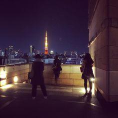 Tokyo Street View. #walking #tokyo #japan #201602 #shotoniphone6 #tokyotower