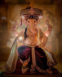 Shri Ganesh Images, Ganesha Pictures, Radha Krishna Images, Hanuman Images, Krishna Krishna, Baby Krishna, Ganesh Chaturthi Greetings, Happy Ganesh Chaturthi Images, Lord Durga