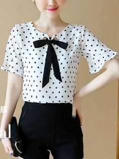 Sweet Heart Bowknot Polka Dot Bell Sleeve Blouse - All About Cheap Blouses, Blouses For Women, Women's Blouses, White Fashion, Look Fashion, Fashion Women, Blouse Styles, Blouse Designs, Bell Sleeve Blouse