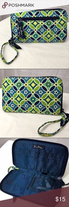 Vera Bradley Zip-Around Wallet Daisy Daisy Pattern This large Vera Bradley wallet is in fairly good condition. There are a couple wear marks on the front corners. A photo has been added. Vera Bradley Bags Wallets