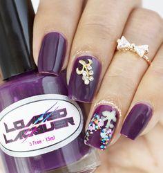 purple flower nail #floralnails #nailart #nailcharm #glitters