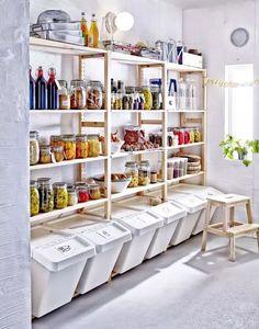 Interior Design Speisekammer: Mehr Platz für Essen - IKEA To find the plants that will make this lan Ikea Pantry, Small Pantry, Pantry Storage, Kitchen Pantry, Kitchen Storage, Food Storage, Extra Storage, Pantry Cabinets, Garage Storage