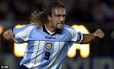 Otra leyenda, Gabriel Batistuta, meoó los goles más Natioal en Argentina la historia del fútbol.