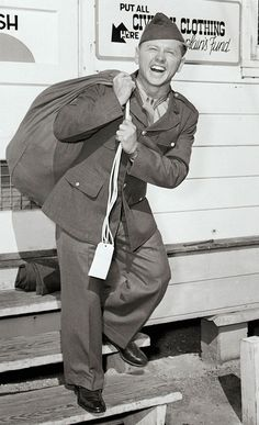 Mickey Rooney - n 1944, Rooney entered military service. He served more than 21 months, until shortly after the end of World War II. During and after the war he helped entertain the troops in America and Europe, and spent part of the time as a radio personality on the American Forces Network and earned the Bronze Star.