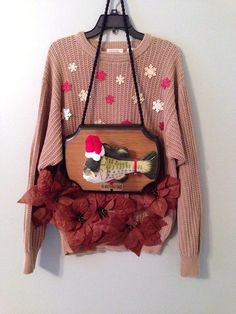 This Billy Bass Holiday Sweater: | 13 Ugly Holiday Sweaters That Are Almost Too Ugly To Wear Ugly Sweater Party, Wrap Sweater, Best Ugly Christmas Sweater, Holiday Sweaters, Holiday Cartoon, Dress Up Day, Gangnam Style, School Dresses, Suit And Tie