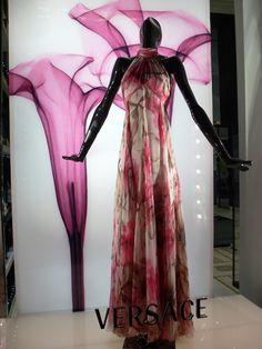 Versace. 2007
