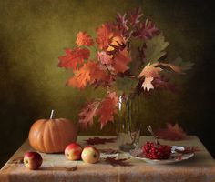 Autumn still life by Татьяна Скороход