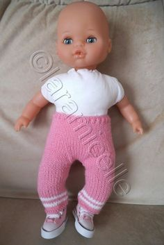 tuto gratuit poupon : legging bicolore - Expolore the best and the special ideas about Fashion dolls Ag Dolls, Barbie Dolls, Leggings, Baby Doll Clothes, Doll Tutorial, Bitty Baby, Knitted Dolls, Knitting For Kids, Free Baby Stuff
