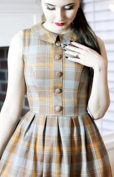 Trendy clothes vintage outfits retro pin up ideas Vintage Outfits, Vintage Style Dresses, Retro Outfits, Sleeves Designs For Dresses, Dress Neck Designs, Vintage Fashion 1950s, Vintage Mode, Kurta Designs, 1950s Style