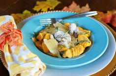 Even though my husband absolutely despises everything pumpkin, I had to make somethingwith it this autumn, because I love it!Usually I don't make dishes 'for myself,' mostly because I end up havi...