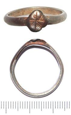 Medieval finger ring. 1200-1500. England.