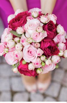 pink wedding bouquet, Photo: Nina Hintinger Photography