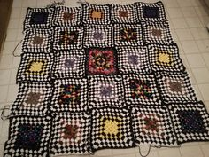Ravelry: Project Gallery for Miss Yvette's Afghan pattern by Lion Brand Yarn