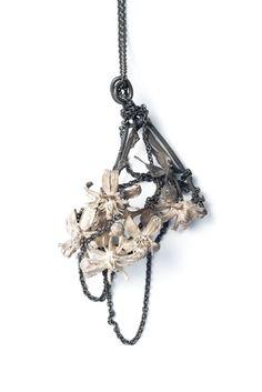 Necklace    Mari Ishikawa