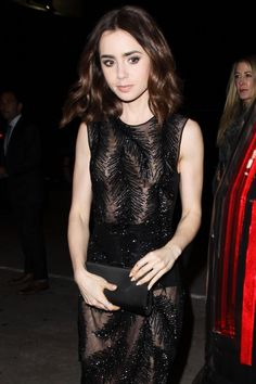 Lily Collins @ Golden Globes pre-party 2017. She looks gorgeous!