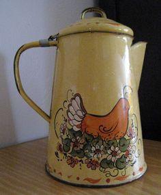Enamel Coffee Pot country Chicken or hen by robinstreasurechest,