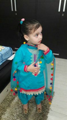 Now you are one of them to search girl dp Baby Girl Frocks, Kids Frocks, Baby Girl Frock Design, Baby Frocks Designs, Kids Lehenga, Kids Suits, Baby Suit, Little Girl Dresses, Baby Dresses