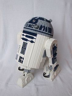 Remote controlled Lego R2-D2 sculpture