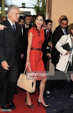 Fotografia de notícias : Queen Rania of Jordan arrives at the Palazzo...