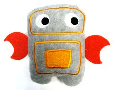Ricky Robot Stuffie (In-the-Hoop)