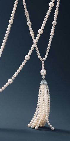Pearls - amzn.to/2goDS3g - jewelry womens necklace ring - http://amzn.to/2hR83wC