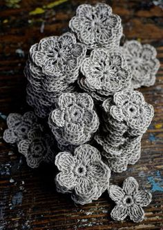 Crochet Flowers Ideas crocheted flowers - After finally recovering after Knitting and Stitching Show (very intense four days!) we're working on something new for Thread festival. Crochet Motifs, Crochet Flower Patterns, Knit Or Crochet, Irish Crochet, Crochet Crafts, Yarn Crafts, Crochet Flowers, Fabric Flowers, Crochet Stitches