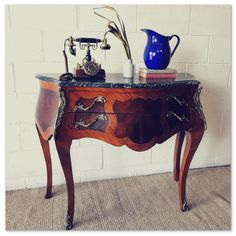 A spectacular antique Walnut-inlaid French Bombe console table w/ green marble top & ormolu details! in the Tables category was listed for on 16 Oct at by Lifespace Homeware in Gauteng Green Marble, Marble Top, Console Table, Entryway Tables, French, Detail, Antiques, Stuff To Buy, Furniture