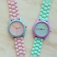 Lovely for the summer time, love pastel colours, they make me feel so smiley.