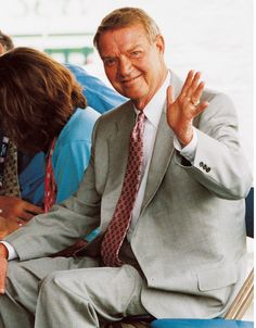 Hall of Famer Harry Kalas before his induction into Cooperstown. #Legend
