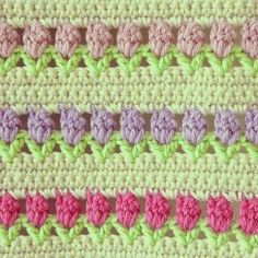 Flowers in a Row - This pattern is available as a free download (PDF Format)