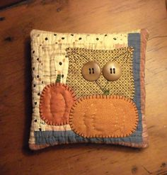 Primitive Folk Art Thanksgiving Halloween Pumpkin Owl Pillow from Old Quilt | eBay