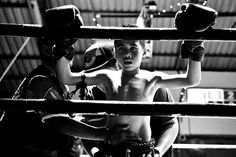 Die Kampfkinder, roughly translated as Fighting Kids, is an eye-opening series by German photographer Sandra Hoyn that takes a look at children as young Tony Jaa, Photo Documentary, Boys Boxers, Interview, Concours Photo, Modern Metropolis, Contemporary Photography, White Photography, Photo Series