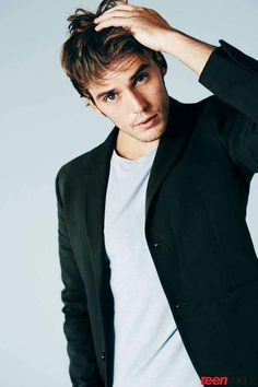 Sam Claflin. Aka Finnick in The Hunger Games. Also the second reason I want to see The Riot Club!