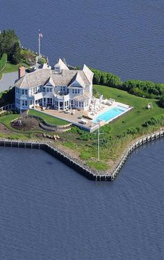 Luxury Homes in the Hamptons⭐️⭐️