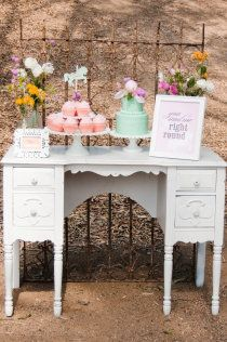 sweet vintage inspired table- i think the vanity in the brides room could be used as guest sign in, or gift table after you use it for photos getting ready. i could totally chic it out at the last minute.