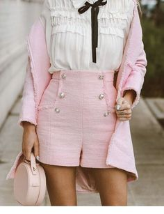 MORE PICTS You can also see more ideas about girly outfits for college , girly outfits dresses , girly outfits modest , girly outfits preppy. Preppy Outfits, Girly Outfits, Classy Outfits, Chic Outfits, Vintage Outfits, Fashion Outfits, Fashion Trends, Fashion Ideas, Estilo Preppy Chic