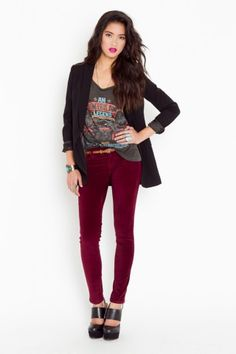 I got some dark red pants, but they don't look this cool on me :(