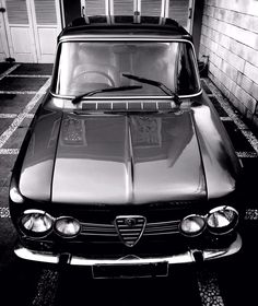 Alfa Romeo Giulia Super 1300 - Indonesia